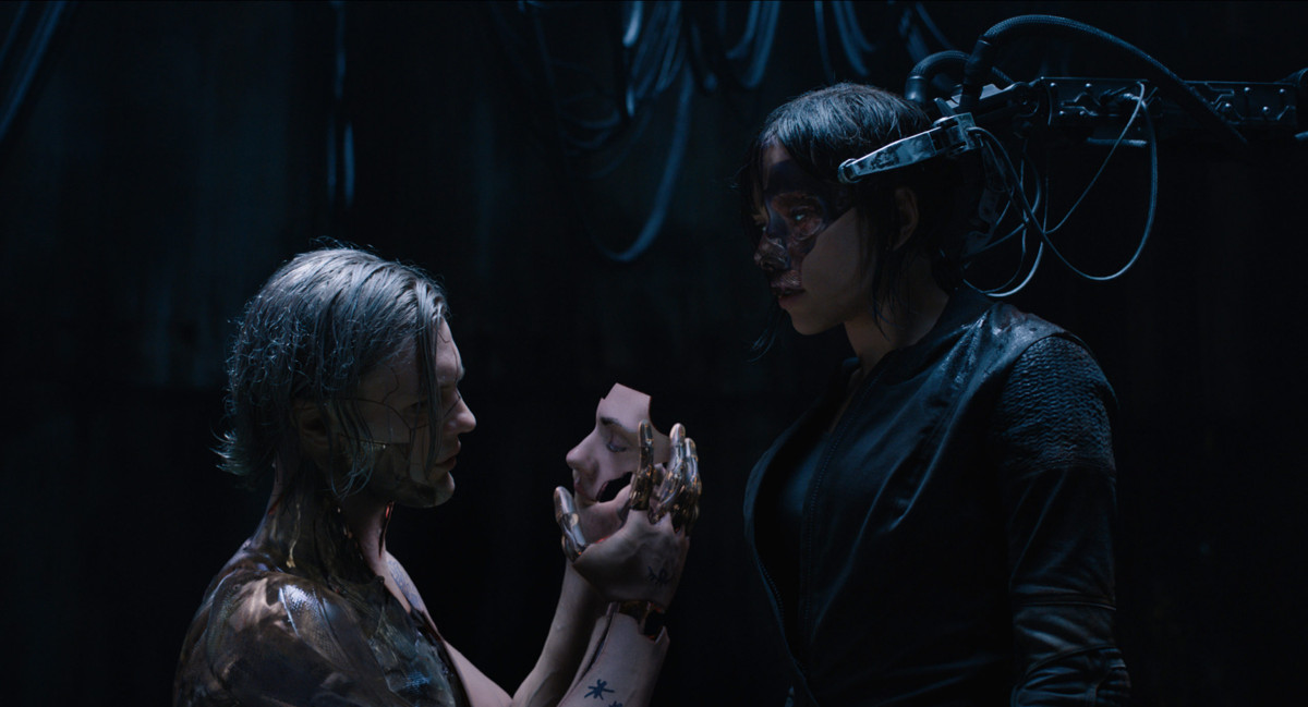 Ghost in the Shell - Kuze and Major